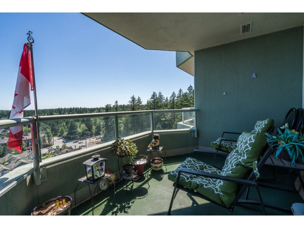 Condo Apartment at 1608 10082 148 STREET, Unit 1608, North Surrey, British Columbia. Image 19