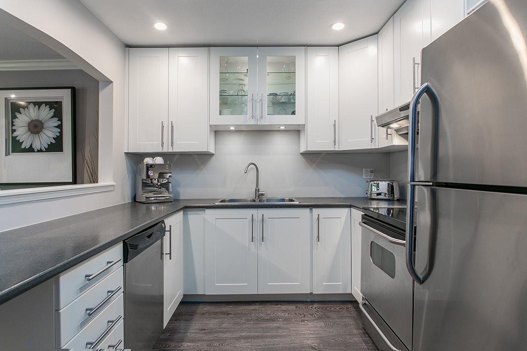 Condo Apartment at 307 1225 MERKLIN STREET, Unit 307, South Surrey White Rock, British Columbia. Image 3