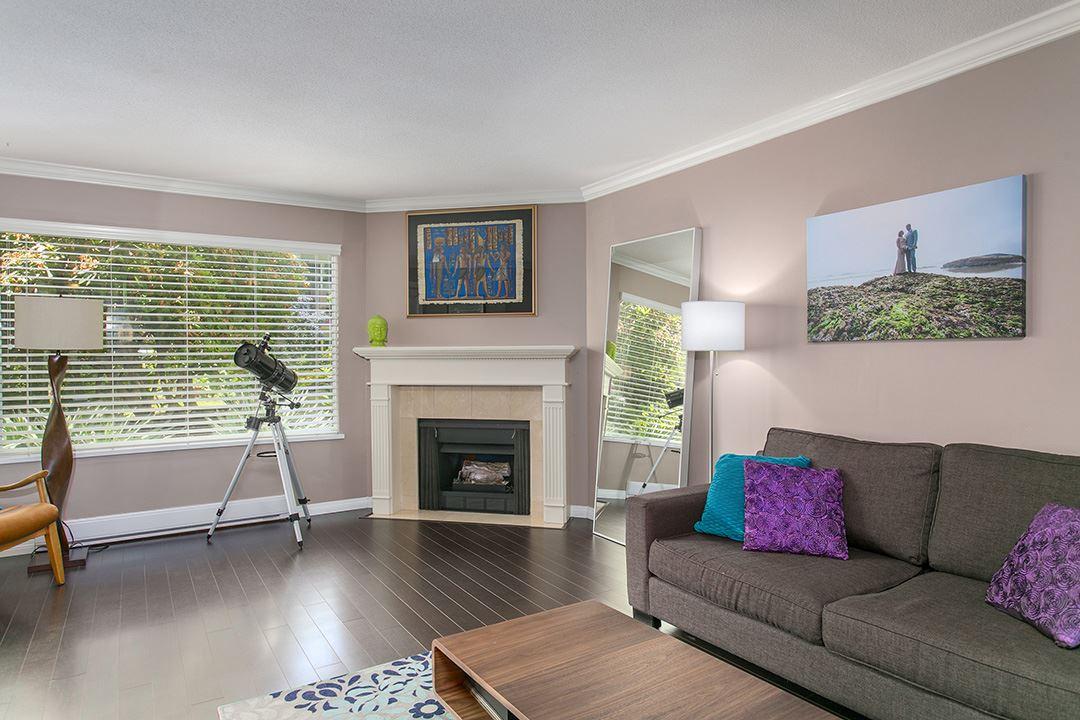 Condo Apartment at 307 1225 MERKLIN STREET, Unit 307, South Surrey White Rock, British Columbia. Image 5