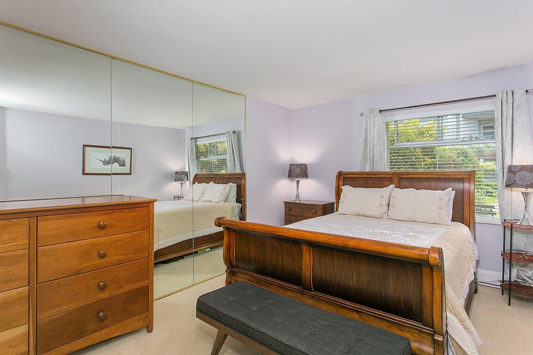 Condo Apartment at 307 1225 MERKLIN STREET, Unit 307, South Surrey White Rock, British Columbia. Image 11