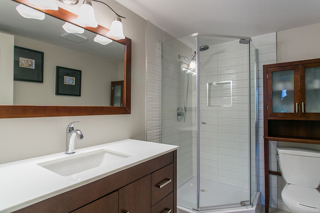 Condo Apartment at 307 1225 MERKLIN STREET, Unit 307, South Surrey White Rock, British Columbia. Image 17