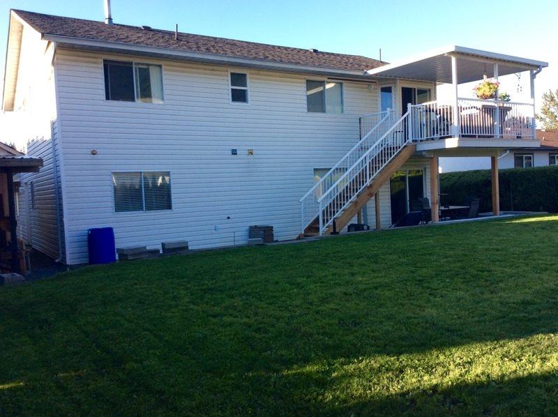 Detached at 42218 CORONA AVENUE, Yarrow, British Columbia. Image 12