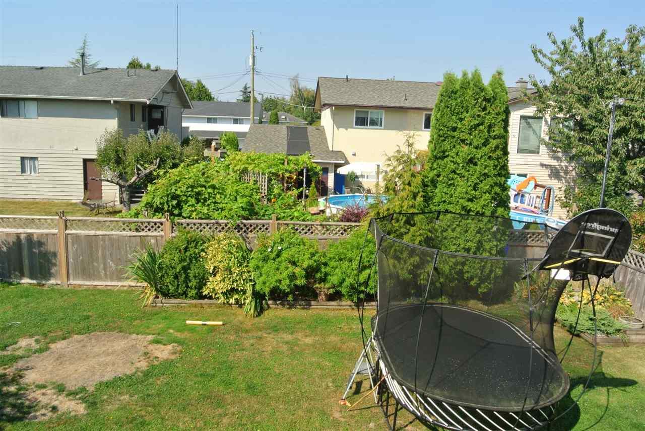 Detached at 4949 58B STREET, Ladner, British Columbia. Image 15
