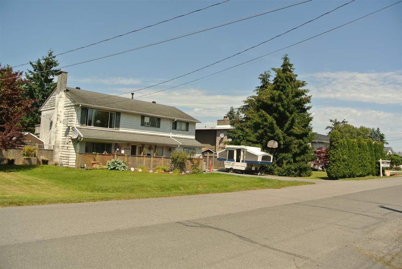 Detached at 4939 58B STREET, Ladner, British Columbia. Image 2