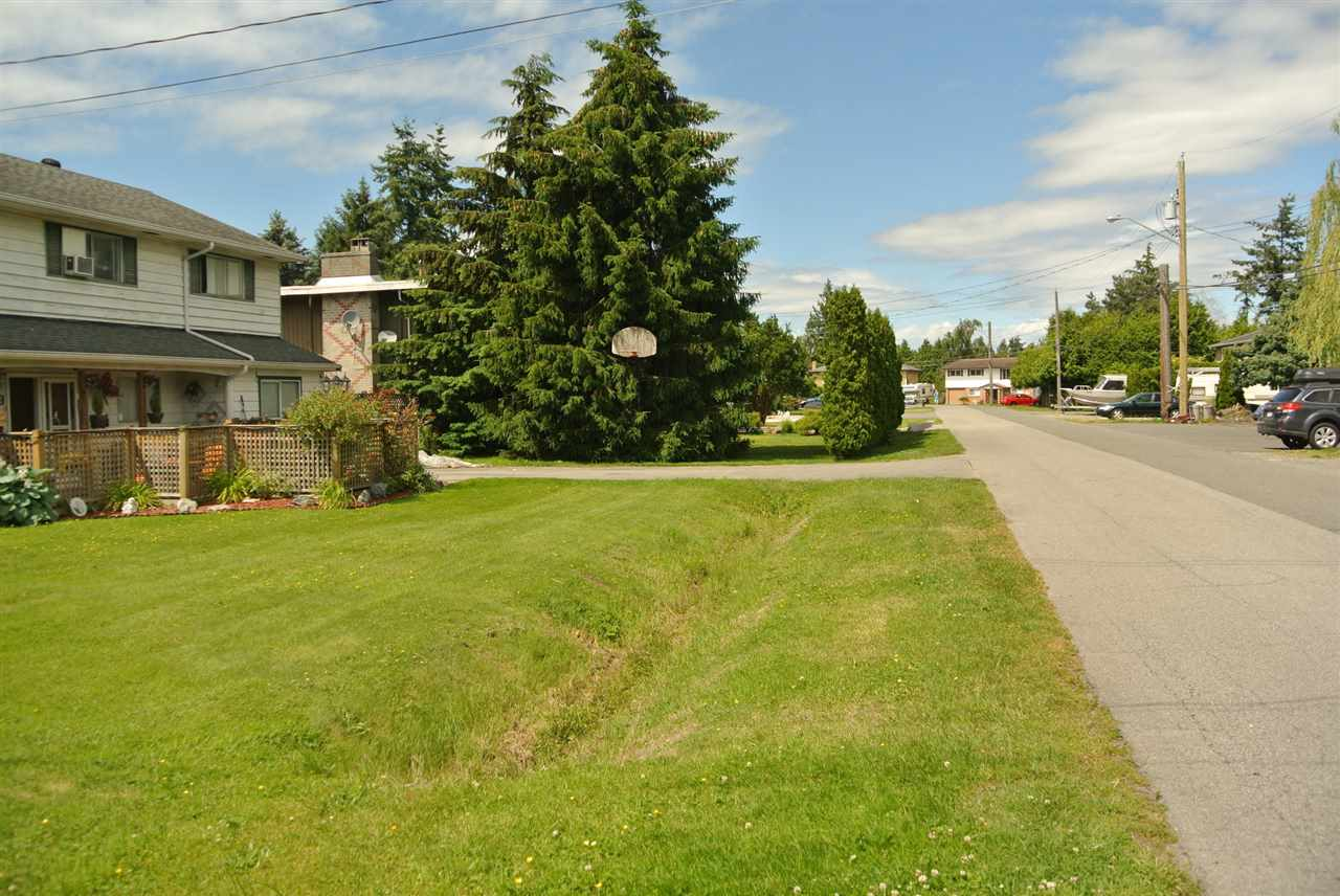 Detached at 4939 58B STREET, Ladner, British Columbia. Image 5