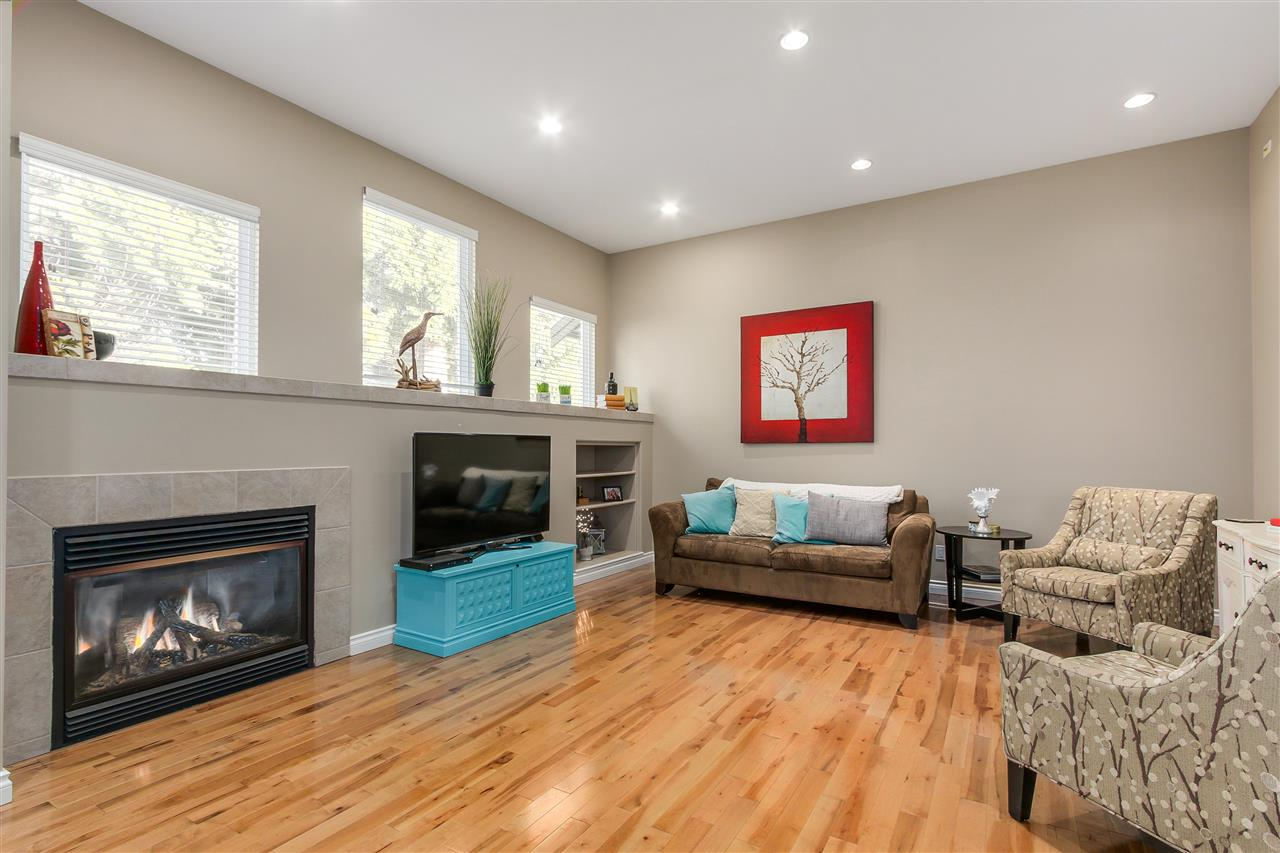 Detached at 13157 14A AVENUE, South Surrey White Rock, British Columbia. Image 10