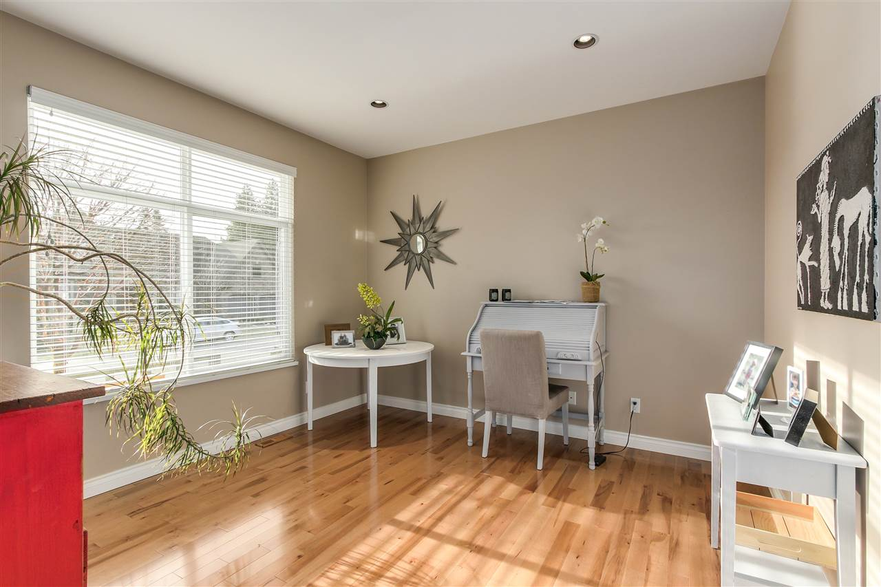 Detached at 13157 14A AVENUE, South Surrey White Rock, British Columbia. Image 18