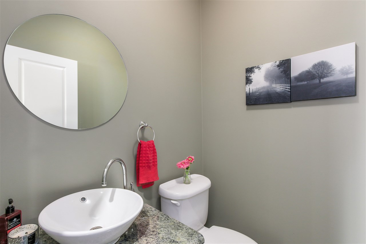Detached at 13157 14A AVENUE, South Surrey White Rock, British Columbia. Image 19