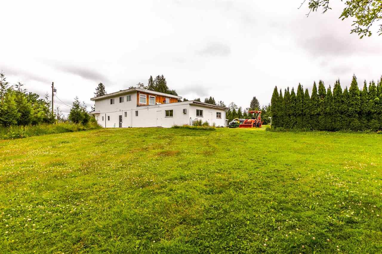Detached at 26306 56 AVENUE, Langley, British Columbia. Image 4