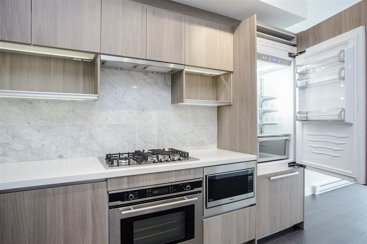 Condo Apartment at 4607 13750 100 AVENUE, Unit 4607, North Surrey, British Columbia. Image 3