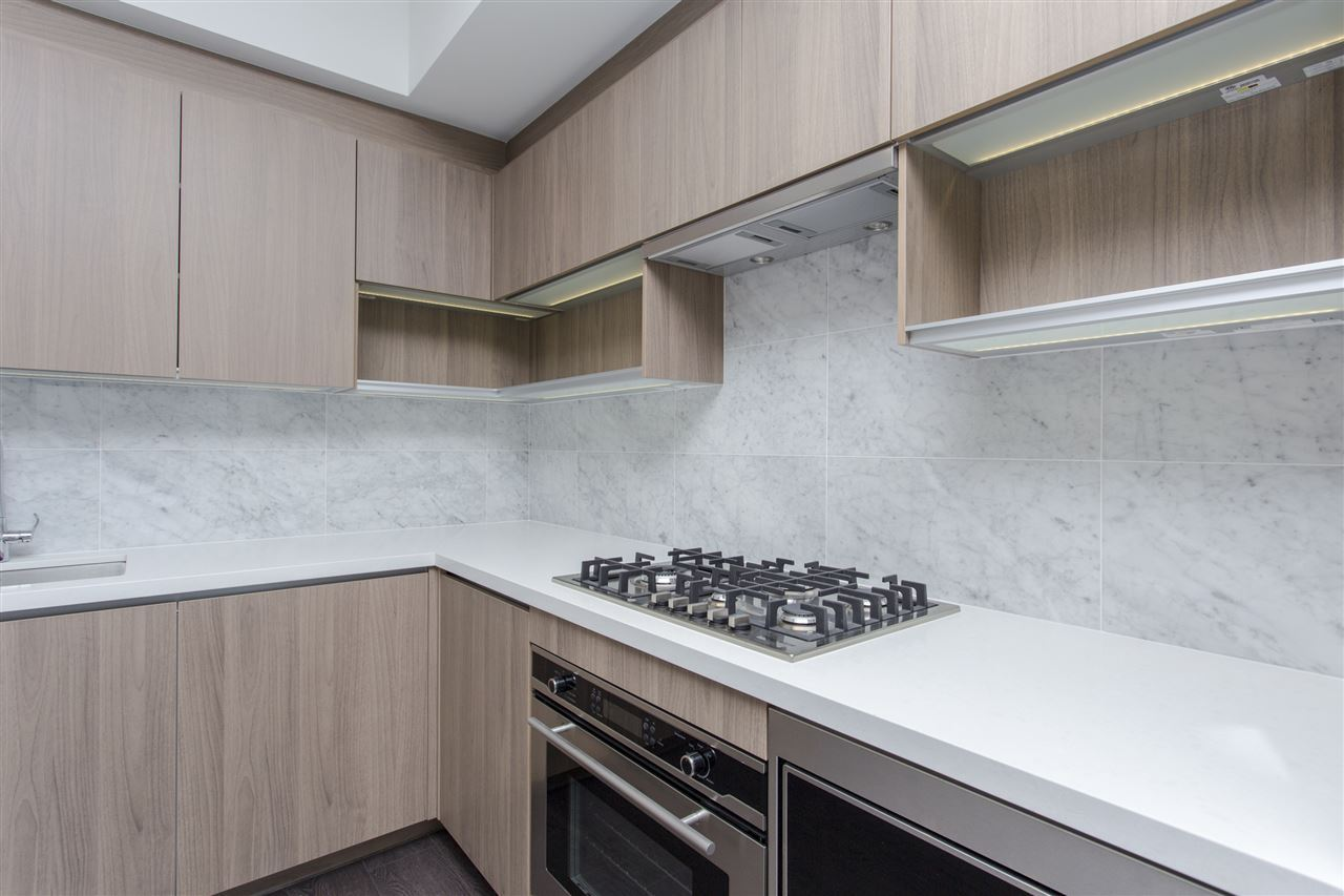 Condo Apartment at 4607 13750 100 AVENUE, Unit 4607, North Surrey, British Columbia. Image 4