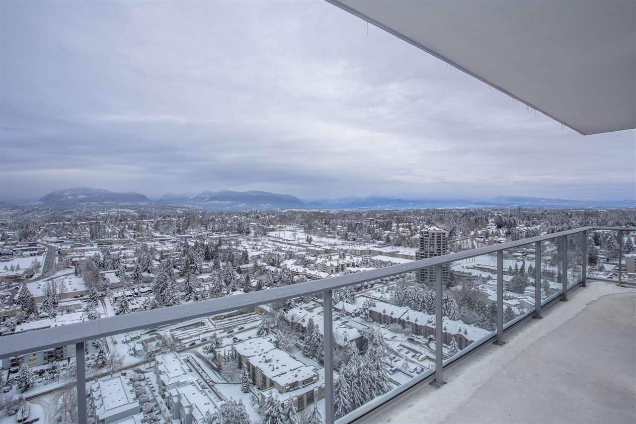 Condo Apartment at 4607 13750 100 AVENUE, Unit 4607, North Surrey, British Columbia. Image 13