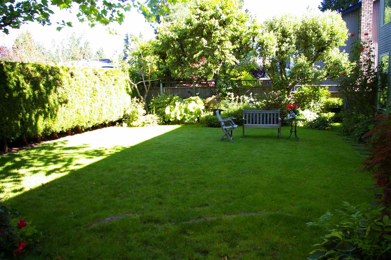 Detached at 2315 HARBOURGREENE DRIVE, South Surrey White Rock, British Columbia. Image 14