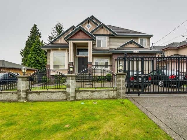 Detached at 13522 79 AVENUE, Surrey, British Columbia. Image 1