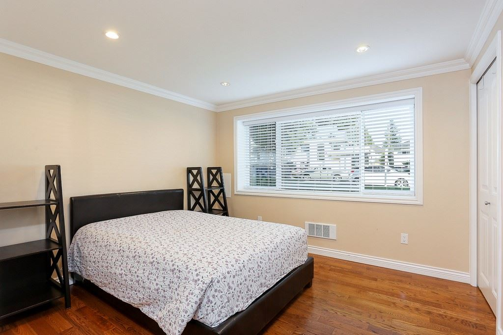 Detached at 8537 KARRMAN AVENUE, Burnaby East, British Columbia. Image 14