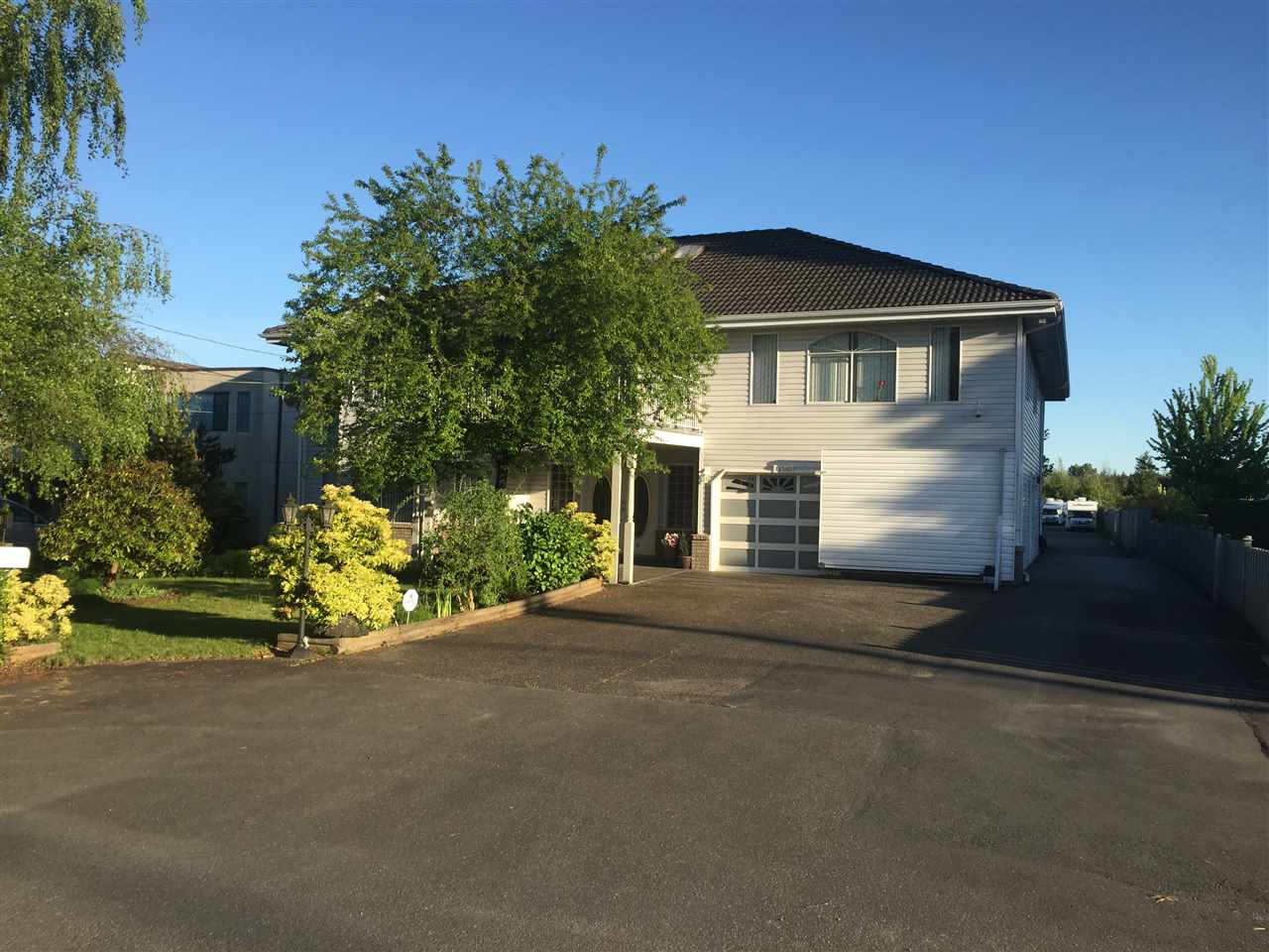 Detached at 12540 WESTMINSTER HIGHWAY, Richmond, British Columbia. Image 1