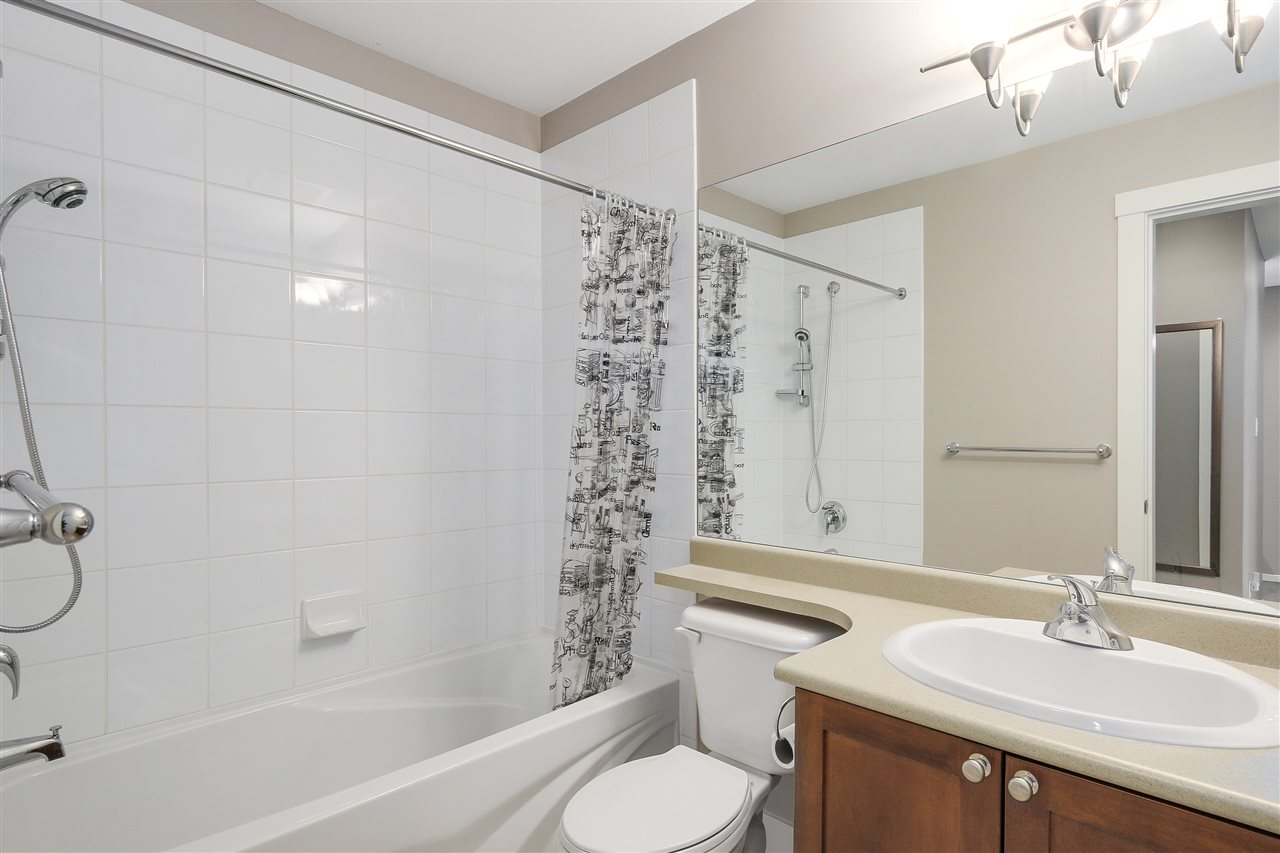 Townhouse at 7483 LAUREL STREET, Vancouver West, British Columbia. Image 14