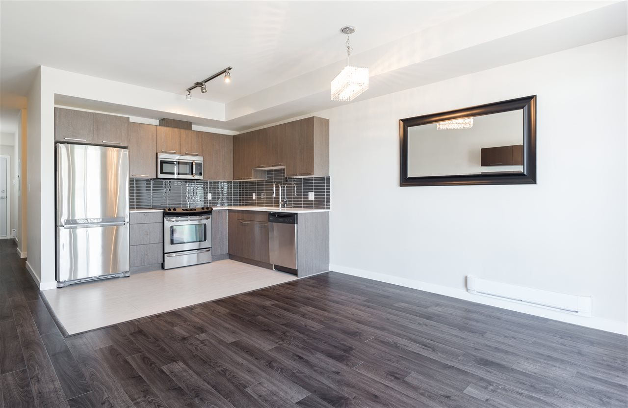 Condo Apartment at 315 5248 GRIMMER STREET, Unit 315, Burnaby South, British Columbia. Image 2