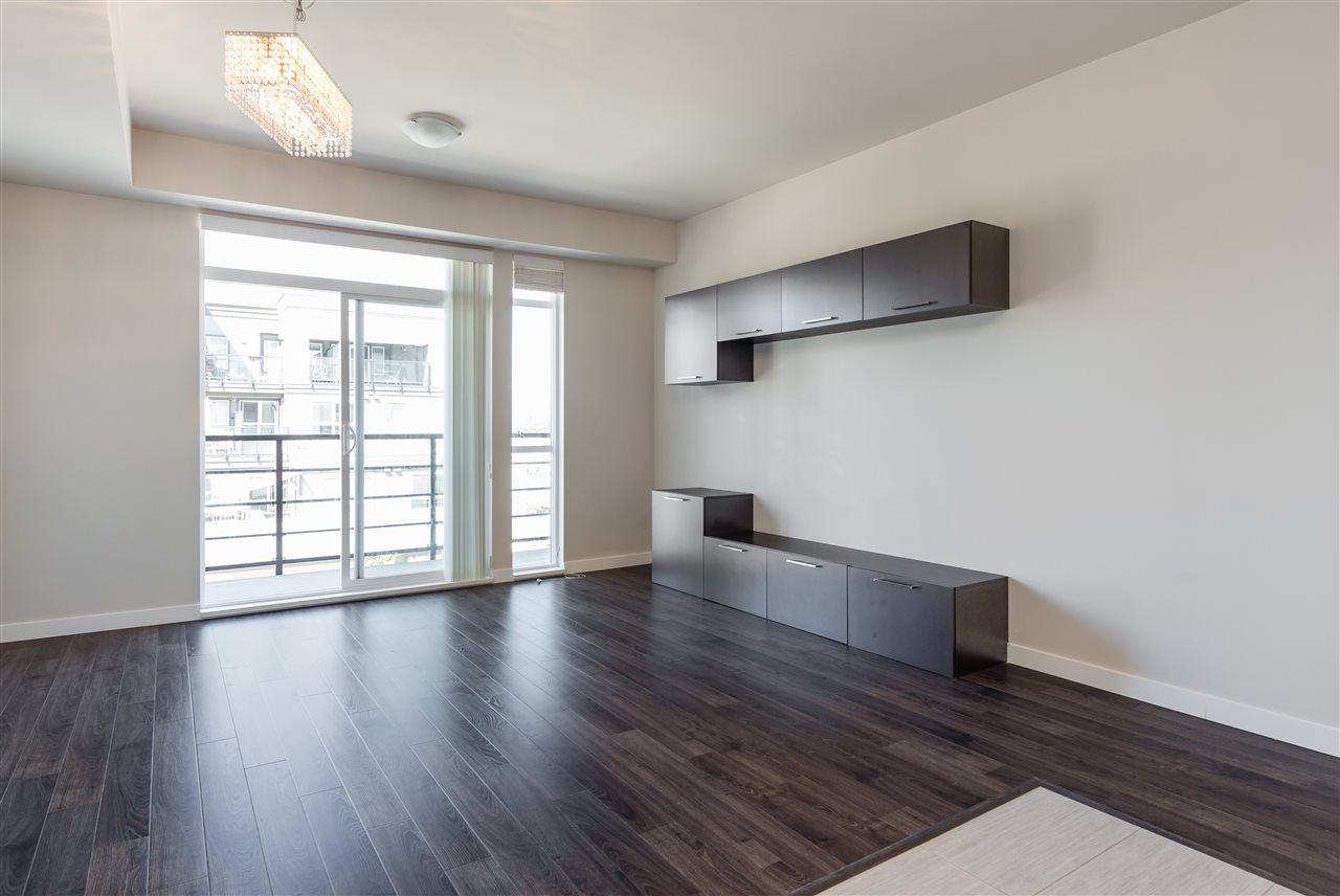 Condo Apartment at 315 5248 GRIMMER STREET, Unit 315, Burnaby South, British Columbia. Image 4