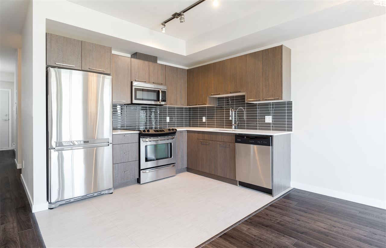 Condo Apartment at 315 5248 GRIMMER STREET, Unit 315, Burnaby South, British Columbia. Image 8