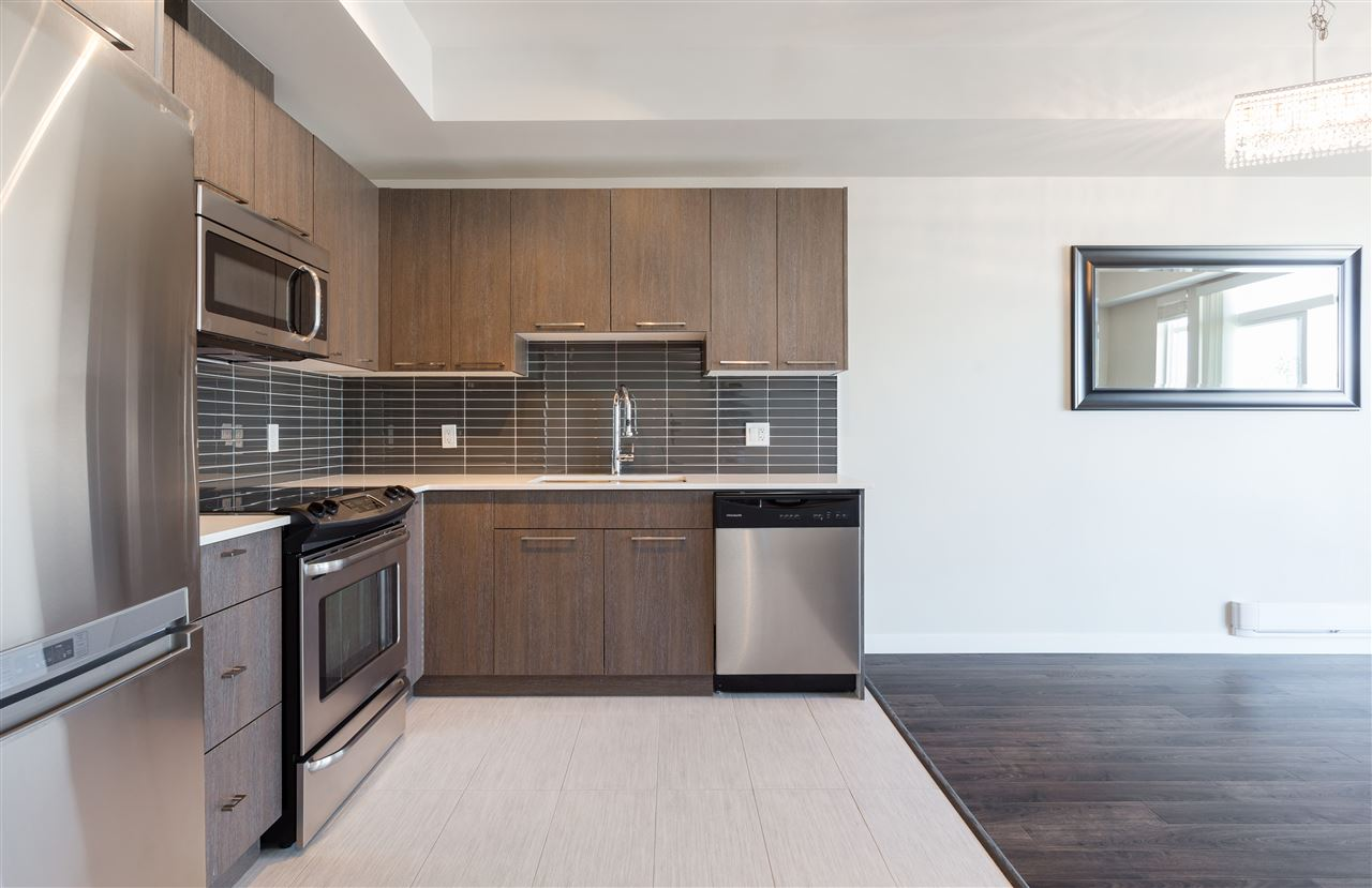 Condo Apartment at 315 5248 GRIMMER STREET, Unit 315, Burnaby South, British Columbia. Image 11