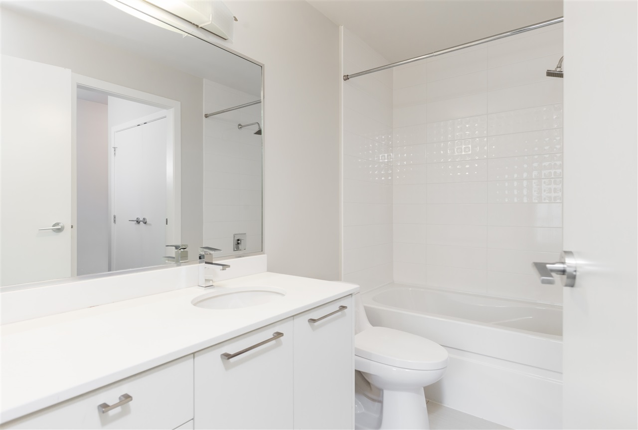 Condo Apartment at 315 5248 GRIMMER STREET, Unit 315, Burnaby South, British Columbia. Image 14