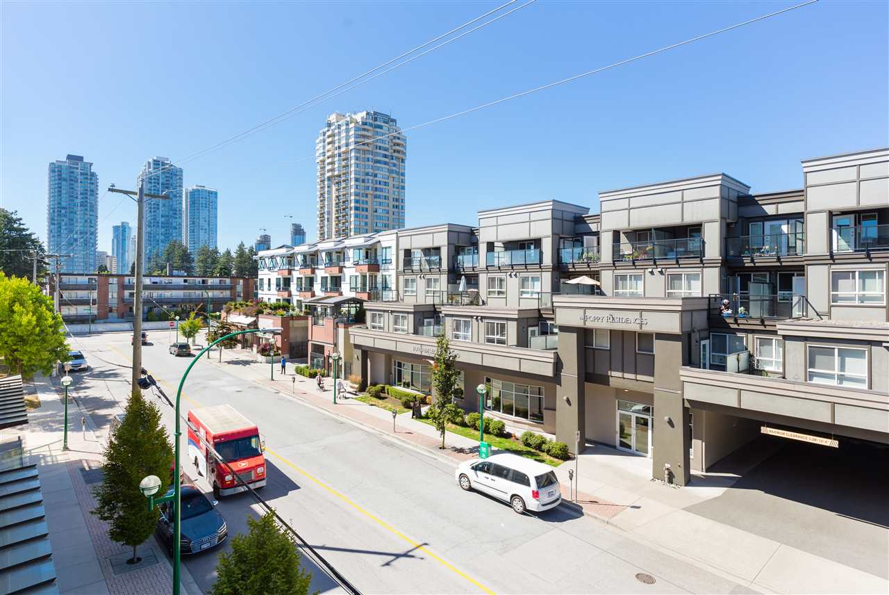 Condo Apartment at 315 5248 GRIMMER STREET, Unit 315, Burnaby South, British Columbia. Image 16