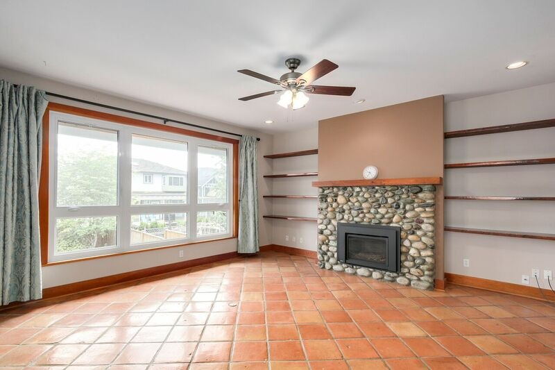 Detached at 6806 LINDEN AVENUE, Burnaby South, British Columbia. Image 5