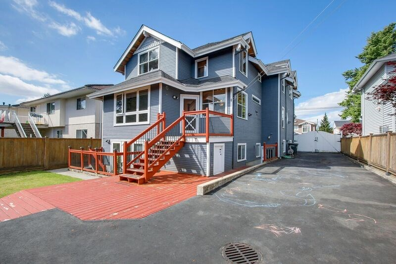 Detached at 6806 LINDEN AVENUE, Burnaby South, British Columbia. Image 18