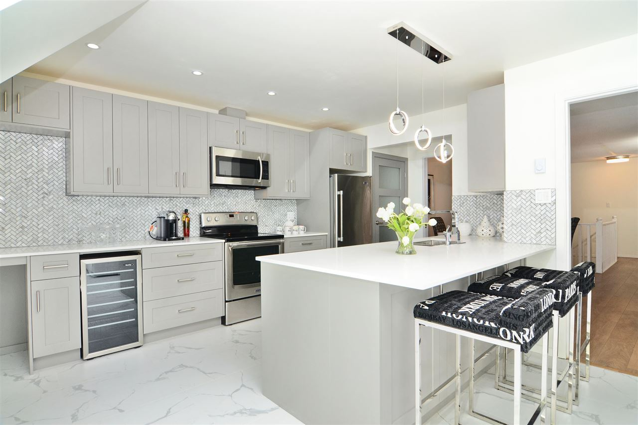 Townhouse at 26 3980 CANADA WAY, Unit 26, Burnaby South, British Columbia. Image 3