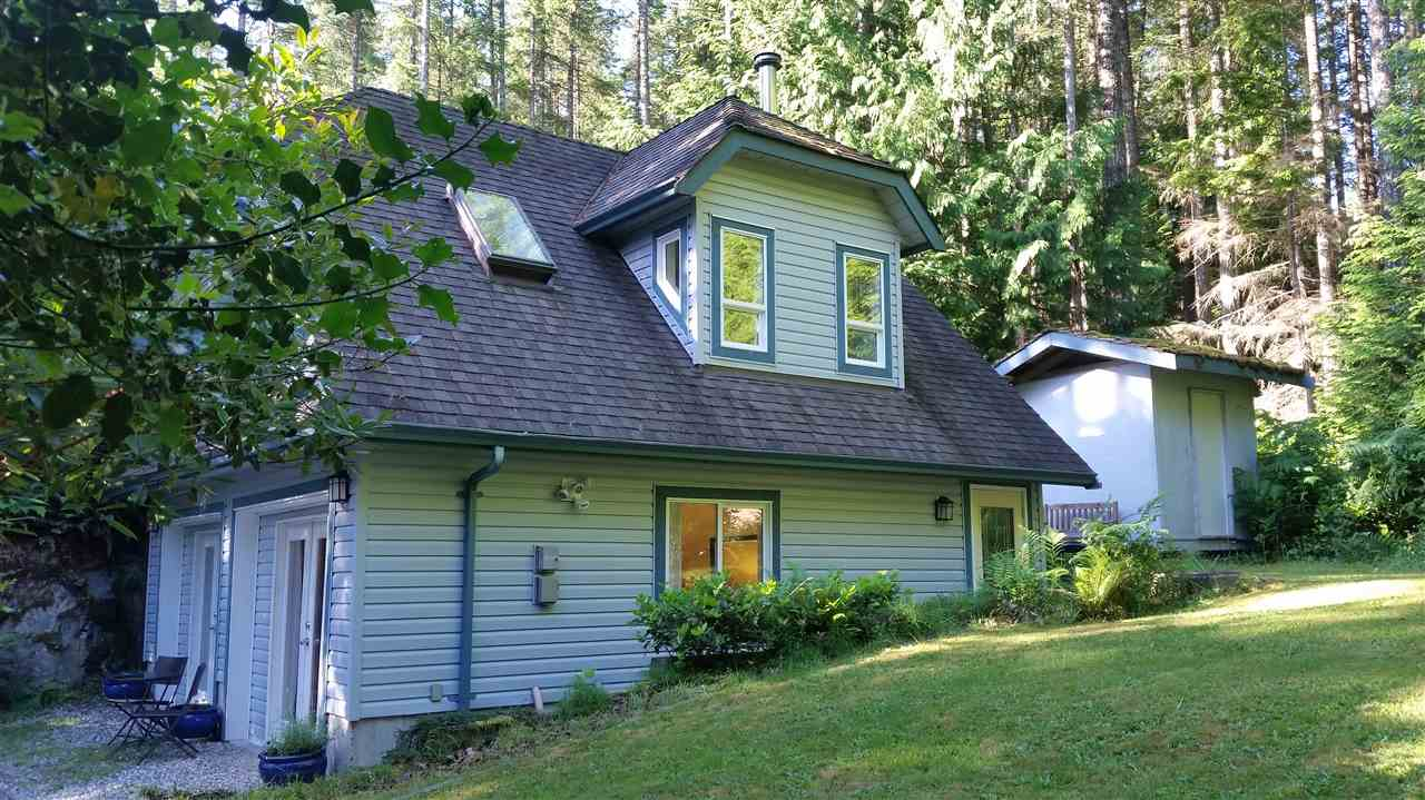 Detached at 9901 WESCAN ROAD, Sunshine Coast, British Columbia. Image 1