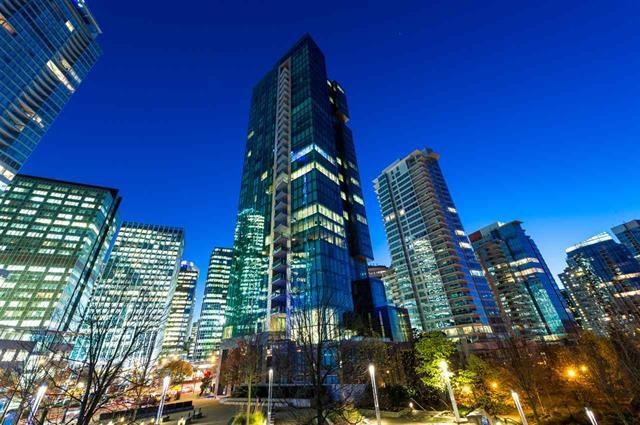 Condo Apartment at 2301 277 THURLOW STREET, Unit 2301, Vancouver West, British Columbia. Image 1