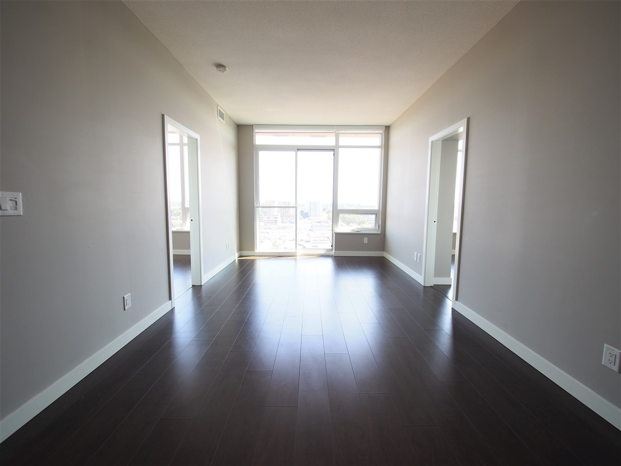 Condo Apartment at 1807 6288 NO 3 ROAD, Unit 1807, Richmond, British Columbia. Image 2