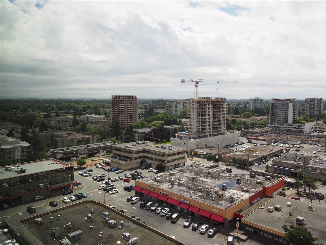 Condo Apartment at 1807 6288 NO 3 ROAD, Unit 1807, Richmond, British Columbia. Image 11
