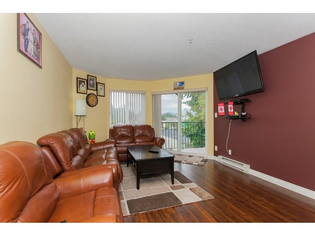 Condo Apartment at 407 31771 PEARDONVILLE ROAD, Unit 407, Abbotsford, British Columbia. Image 5