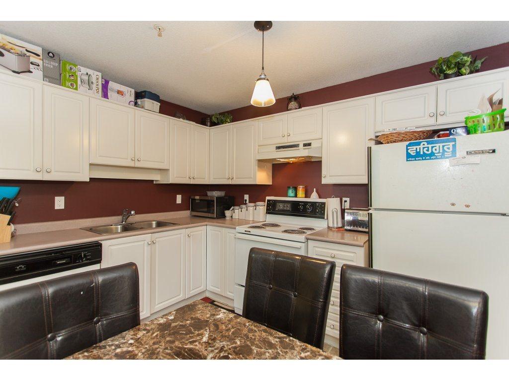 Condo Apartment at 407 31771 PEARDONVILLE ROAD, Unit 407, Abbotsford, British Columbia. Image 10