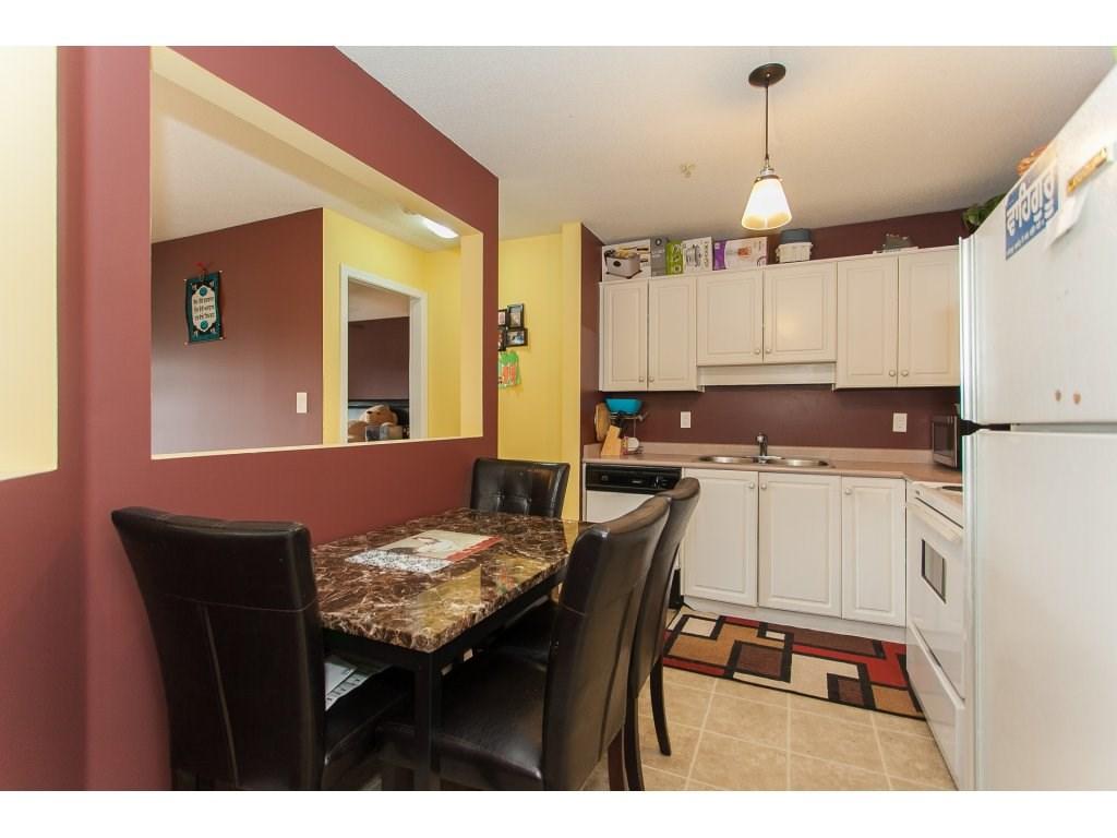 Condo Apartment at 407 31771 PEARDONVILLE ROAD, Unit 407, Abbotsford, British Columbia. Image 11