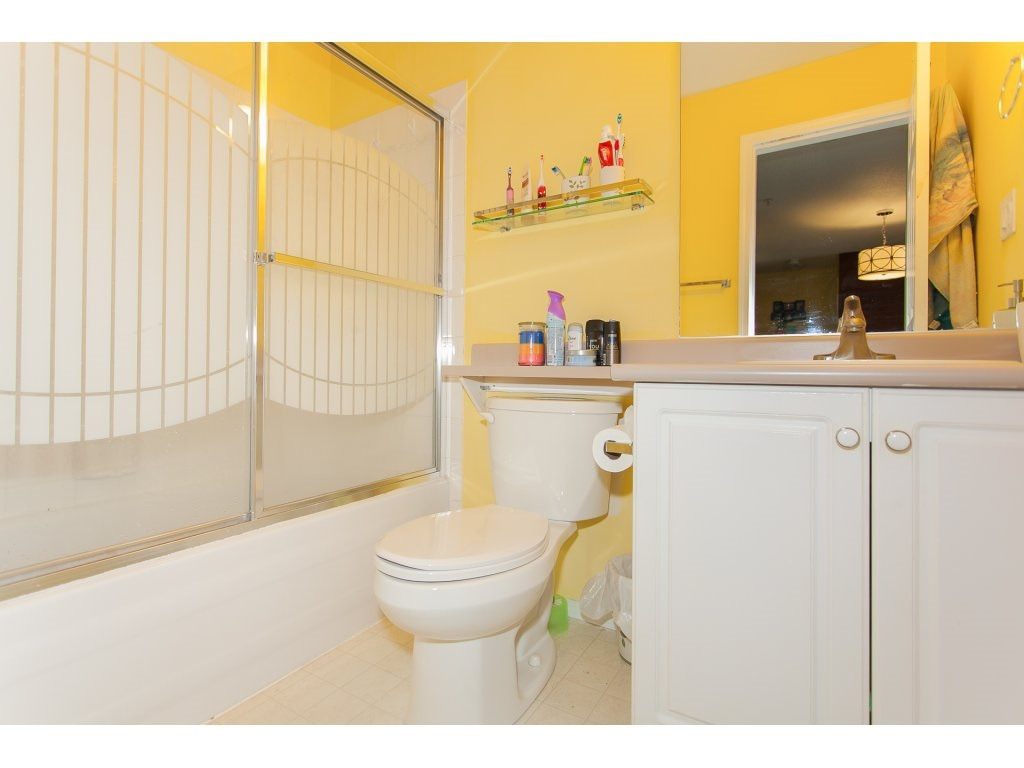 Condo Apartment at 407 31771 PEARDONVILLE ROAD, Unit 407, Abbotsford, British Columbia. Image 17