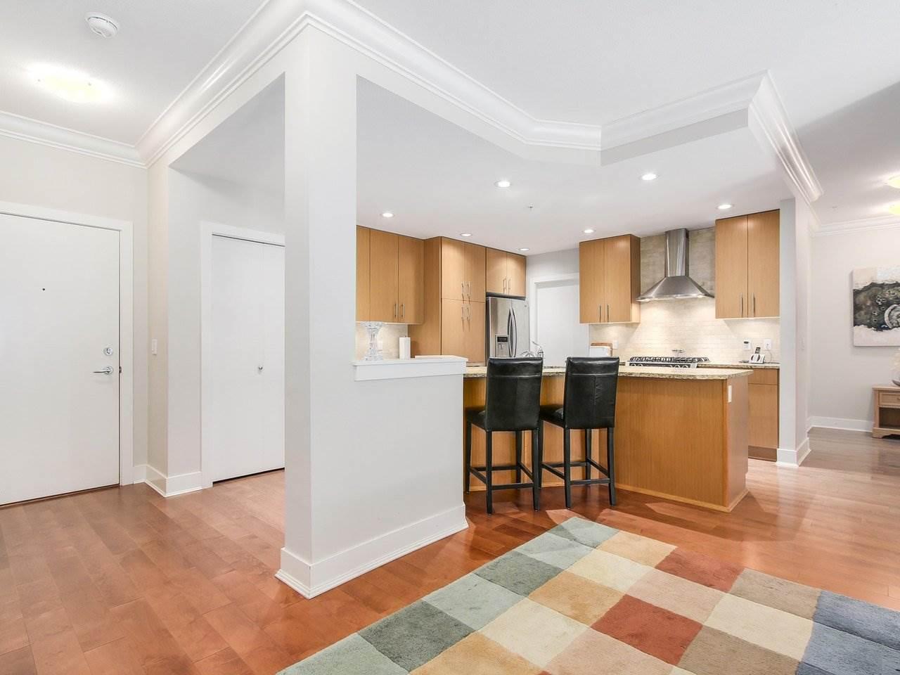 Condo Apartment at 109 16499 64 AVENUE, Unit 109, Cloverdale, British Columbia. Image 6