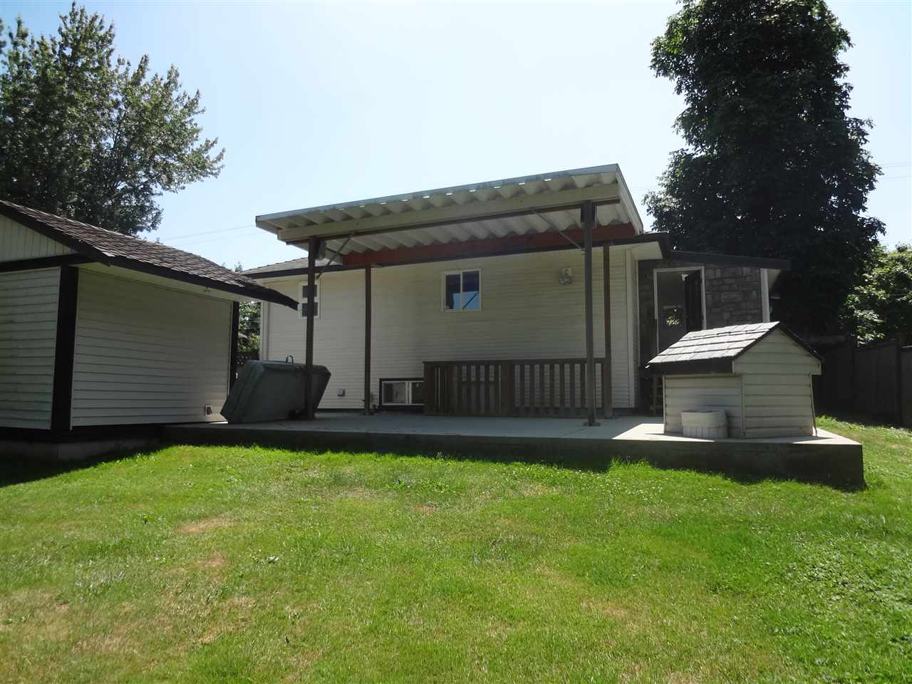 Detached at 26527 FRASER HIGHWAY, Langley, British Columbia. Image 12