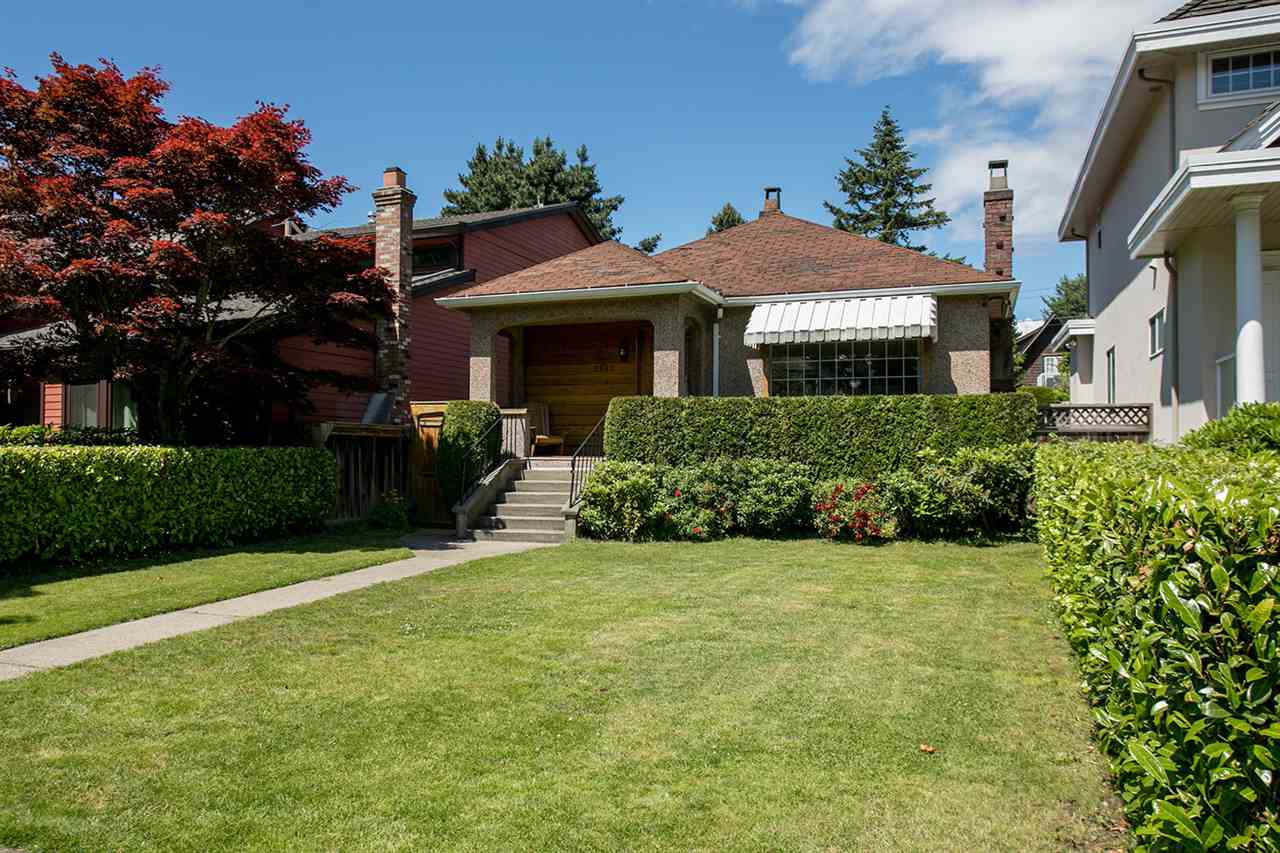 Detached at 2883 W 43RD AVENUE, Vancouver West, British Columbia. Image 2