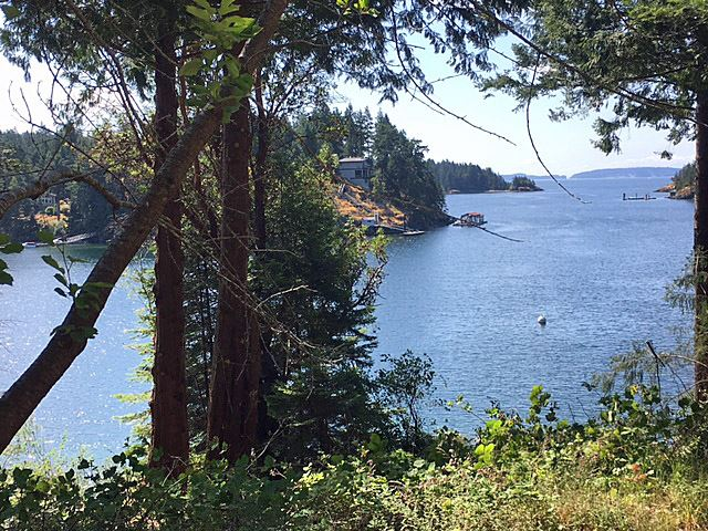 Detached at 4720 FRANCIS PENINSULA ROAD, Sunshine Coast, British Columbia. Image 11