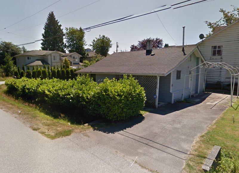 Detached at 13092 110 AVENUE, North Surrey, British Columbia. Image 2