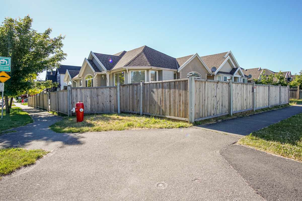 Detached at 6607 128 STREET, Surrey, British Columbia. Image 2