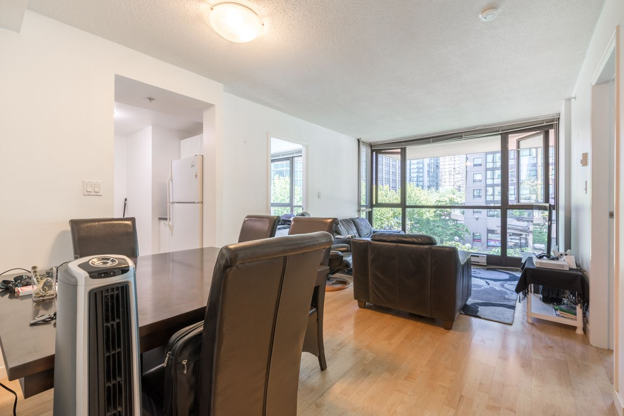 Condo Apartment at 203 1367 ALBERNI STREET, Unit 203, Vancouver West, British Columbia. Image 3