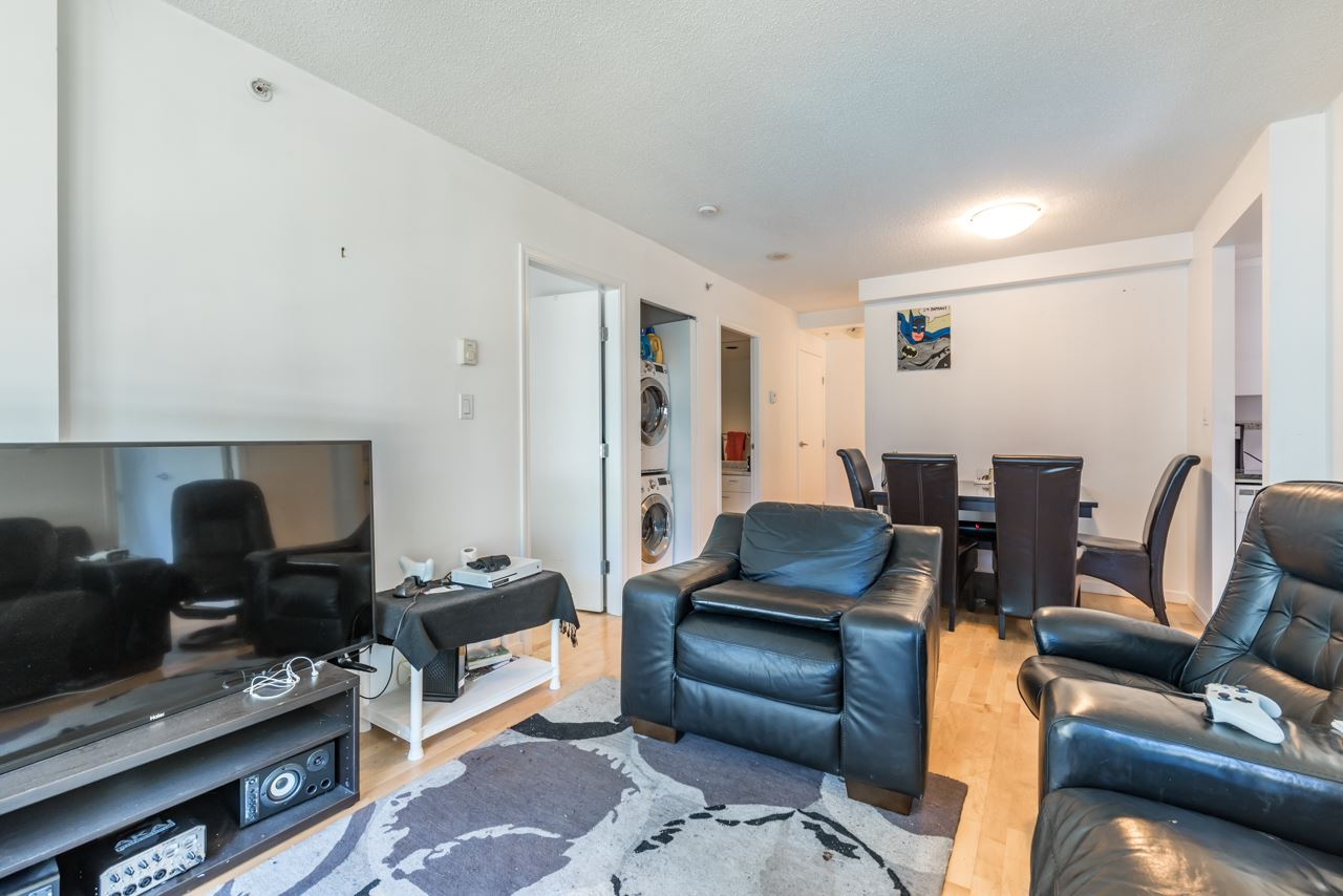 Condo Apartment at 203 1367 ALBERNI STREET, Unit 203, Vancouver West, British Columbia. Image 7