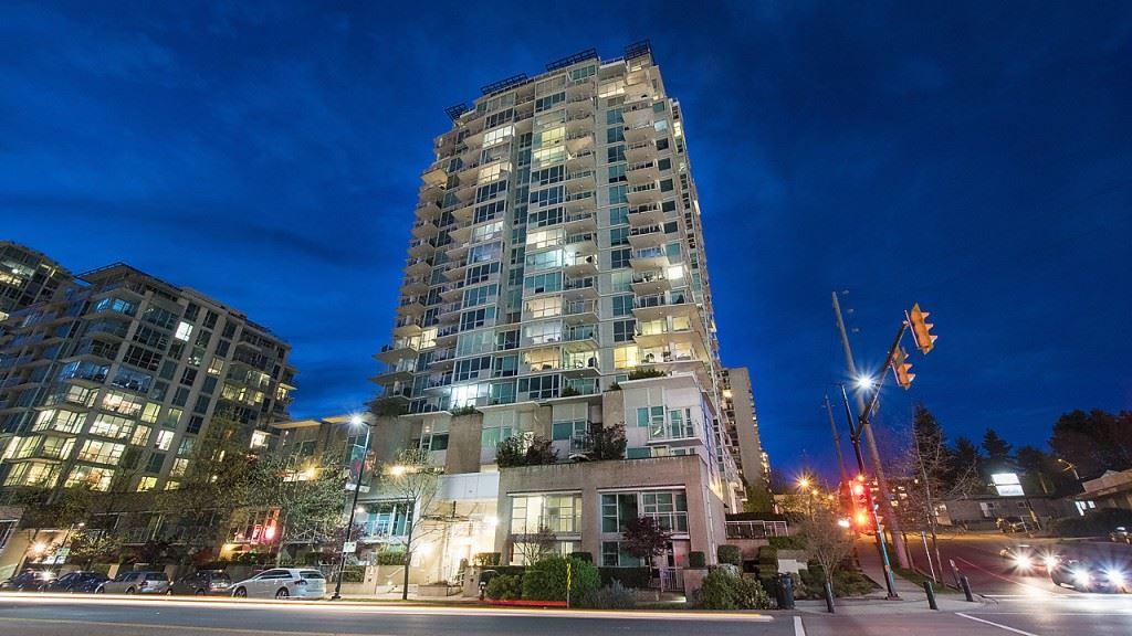 Condo Apartment at 906 188 E ESPLANADE, Unit 906, North Vancouver, British Columbia. Image 19