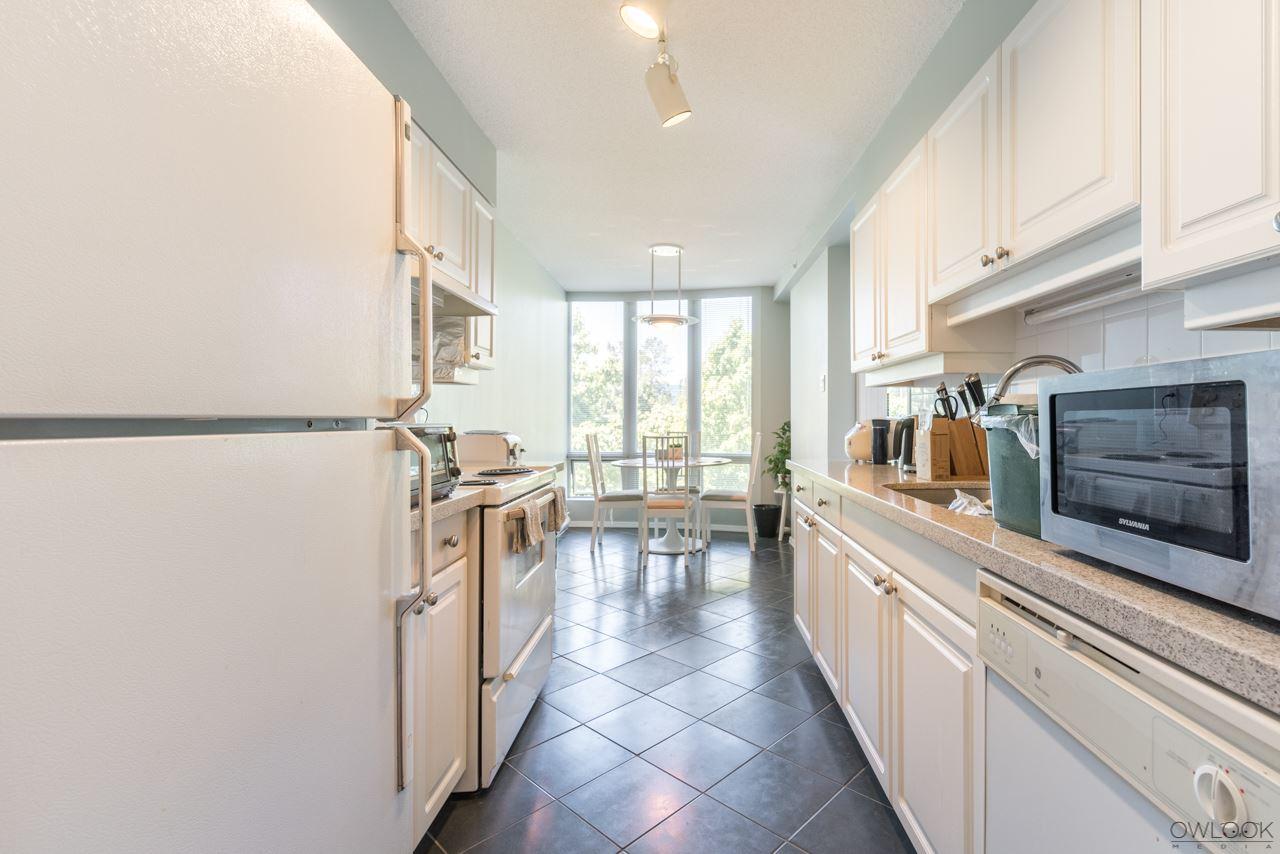 Condo Apartment at 305 14820 104 AVENUE, Unit 305, North Surrey, British Columbia. Image 7