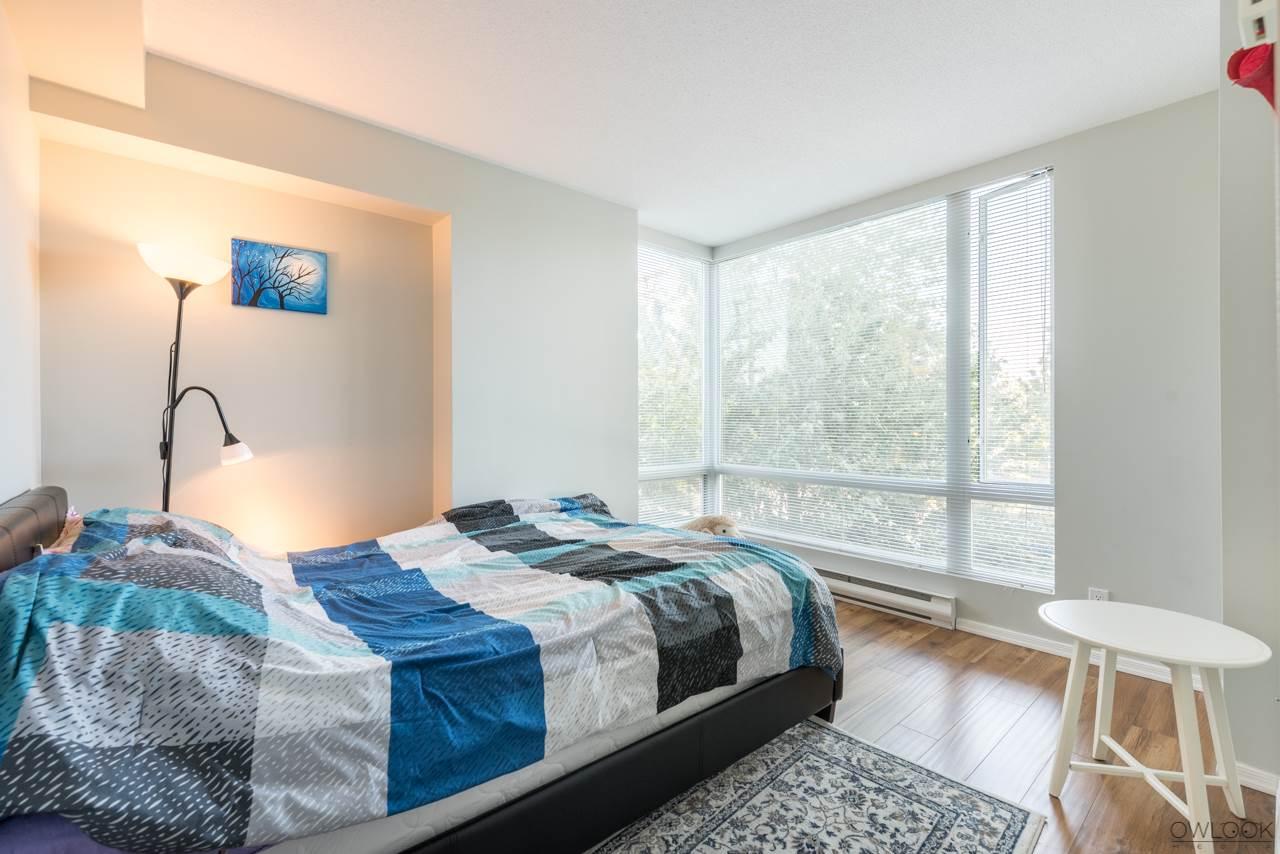Condo Apartment at 305 14820 104 AVENUE, Unit 305, North Surrey, British Columbia. Image 9