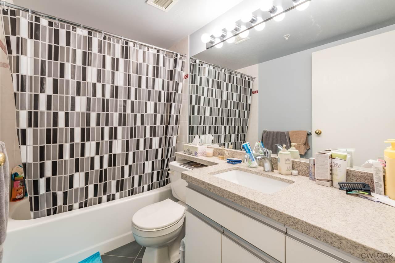 Condo Apartment at 305 14820 104 AVENUE, Unit 305, North Surrey, British Columbia. Image 14